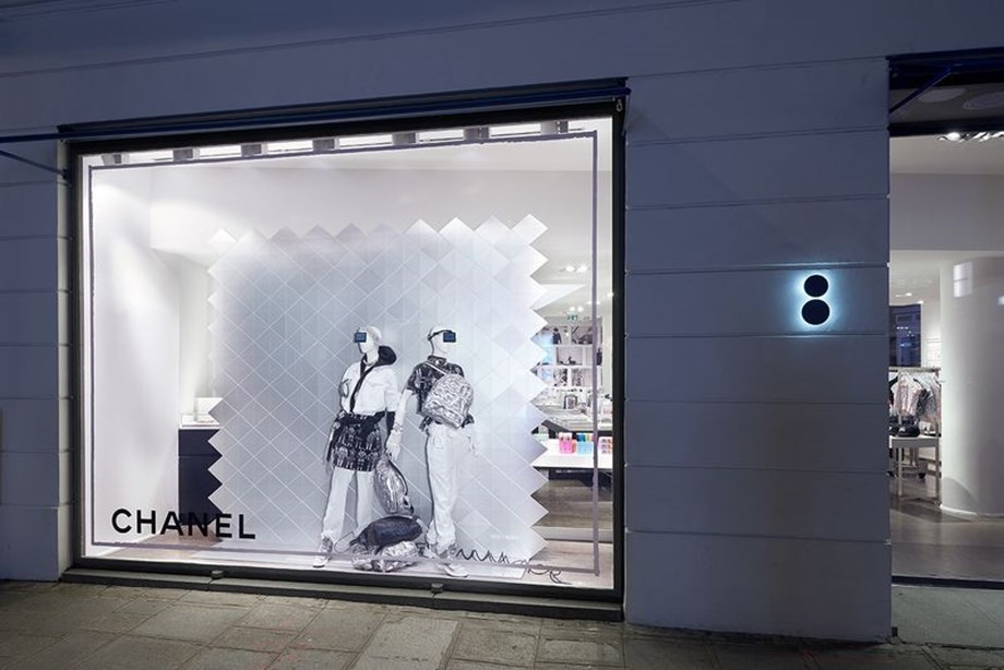 Chanel X Colette: Ένα insider look στην πιο fashion συνεργασία του μήνα