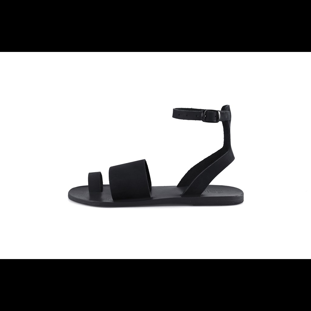59cfc35ed4f Παπούτσια Καλοκαίρι 2019: Τα μοναδικά ζευγάρια που πρέπει να δεις