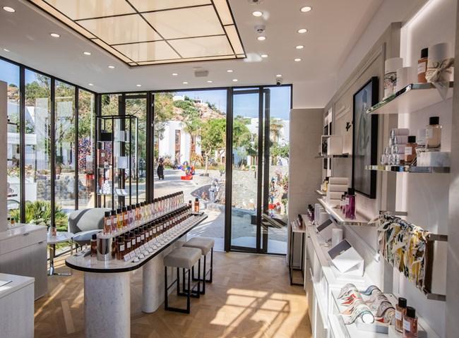"""Το πρώτο pop up store """"Maison Christian Dior"""" άνοιξε στη Μύκονο"""