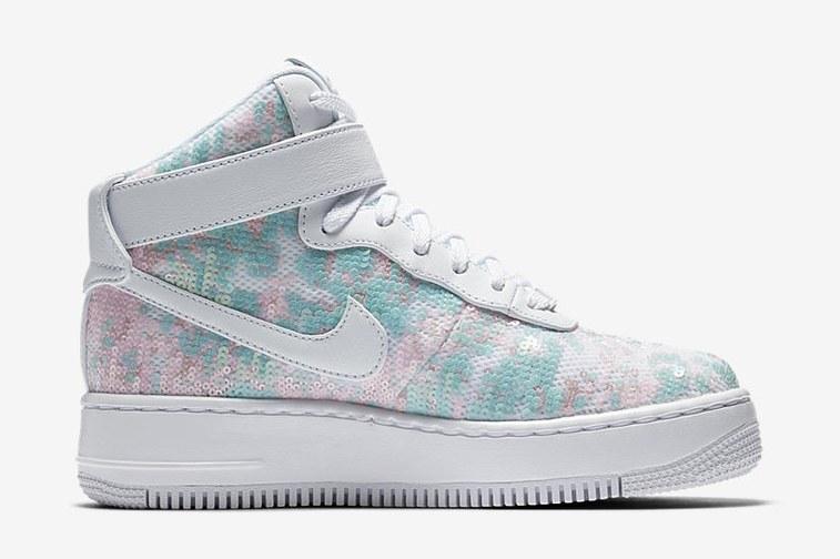 H Nike μόλις λάνσαρε τα πιο... παραμυθένια sneakers που έχεις δει