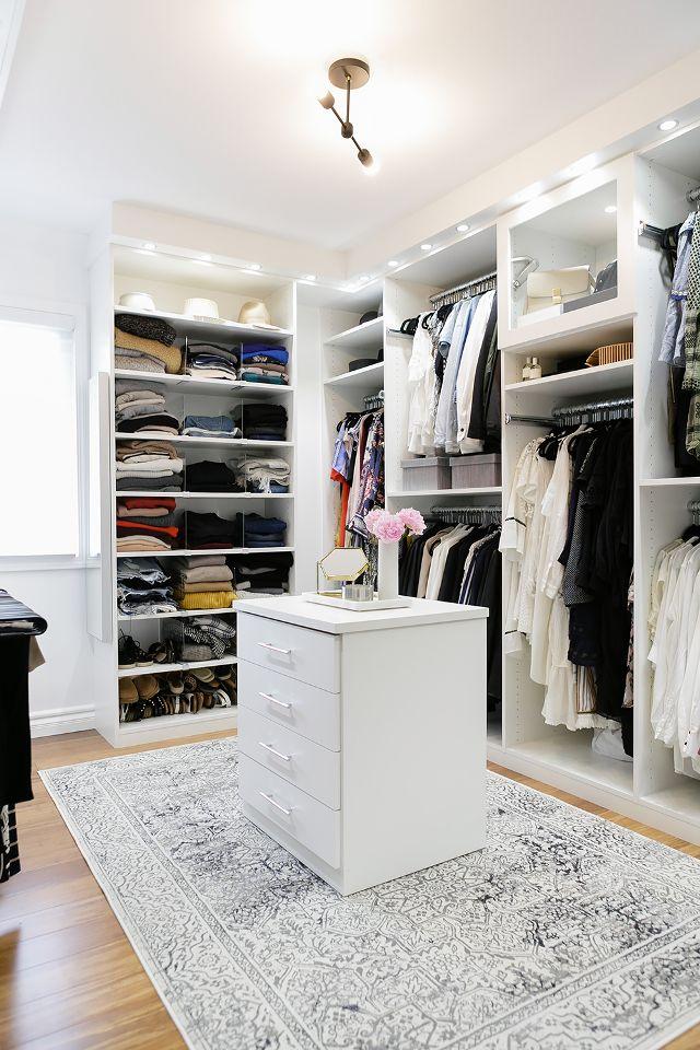 Walk in closet: 4 τρόποι να κάνεις την ντουλάπα σου να μοιάζει βγαλμένη από ταινία