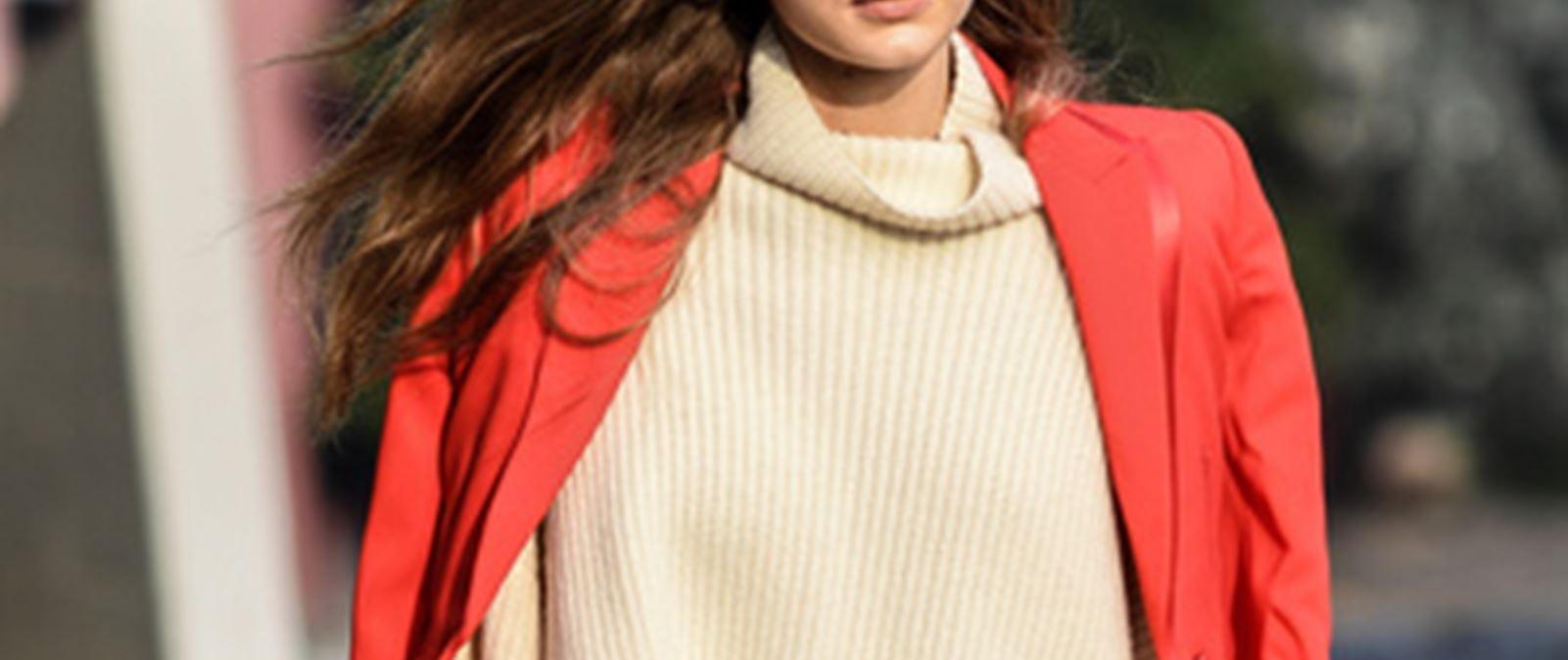 a812234b9e0a Κι όμως μπορείς να κάνεις τα φθαρμένα σου πουλόβερ να μοιάζουν σαν  καινούρια χωρίς κόστος