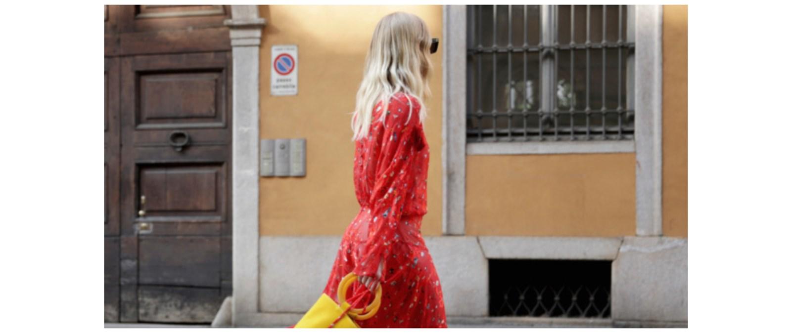 Το κόκκινο παραμένει ένα από τα αγαπημένα μας χρώματα αυτό το καλοκαίρι –  δες πώς θα το φορέσεις! 711bf9f2f63