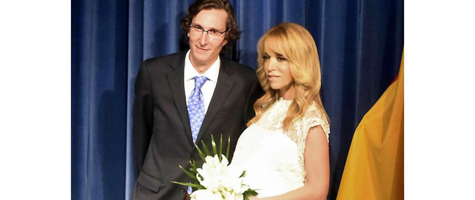 a101114391b5 Πρίγκιπας Φερνάντο Τίτλοι τέλους στο γάμο του με τη σύζυγό του